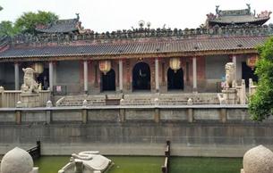 佛山古建筑修缮引争议 文物复原也得保留历史感