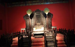 105件颐和园珍贵文物亮相天津博物馆