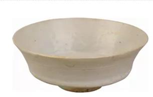 元代景德鎮窯卵白釉折腰碗