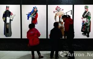 """烟台美术博物馆:用""""人物绣像""""晒京剧"""