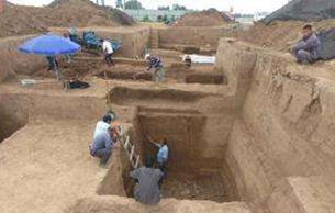 河南安阳辛店遗址出土一批商代晚期青铜礼器